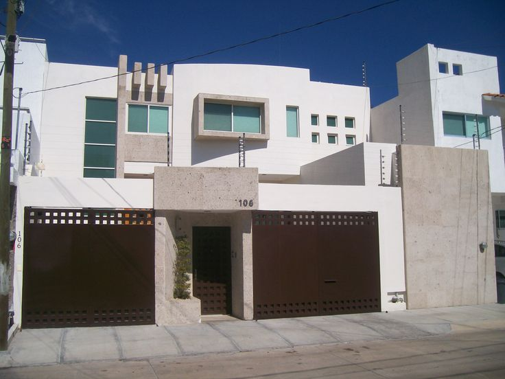 Las 103 mejores im genes sobre fachadas de casa en pinterest for Fachadas casas de dos pisos pequenas