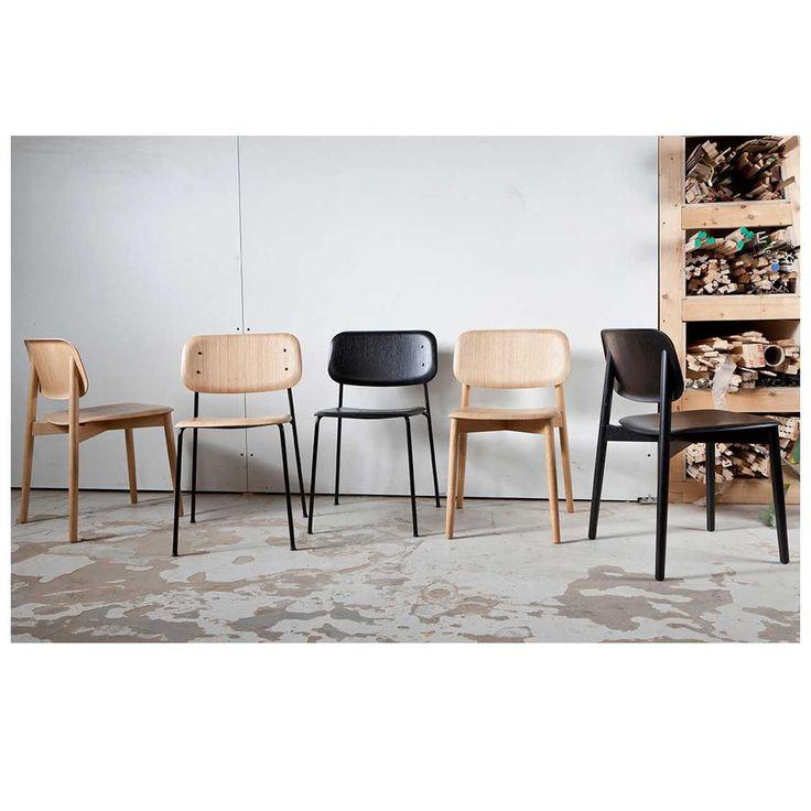 De #Soft #Edge Stoel is ontworpen door #Iskos-Berlin en behoort tot de veelzijdige collectie van het Deense merk #HAY. De stoel is vervaardigd naar de laatste ontwikkelingen op het gebied van voorgevormd  #multiplex. Doordat uw lichaam nooit in contact komt met scherpe randen of hoeken is de Soft Edge stoel niet alleen visueel vriendelijk, maar zorgt de stoel ook daadwerkelijk voor een heerlijk, dynamisch zitcomfort. - #MisterDesign