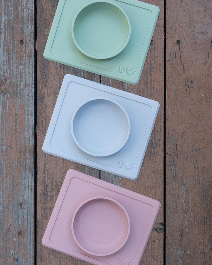 One-piece silicone placemat ezpz Happy Bowl bowl Sage