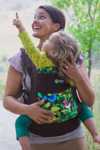 Boba 4G (~$125): One of my favorites! Comes with newborn insert, hood, pockets, footstraps for older toddlers, purse loop snap. Fits people of all sizes well. Read more at http://www.lucieslist.com/baby-registry-basics/best-soft-structured-baby-carriers/#boba