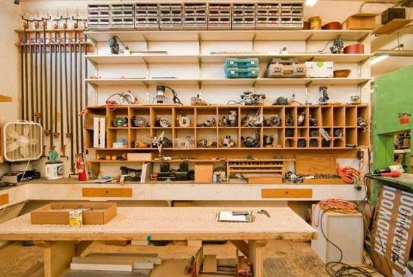 garage woodshop organization 2