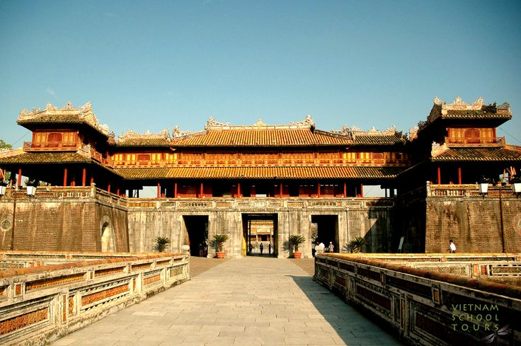 The main Enchances of the Imperial City in Hue