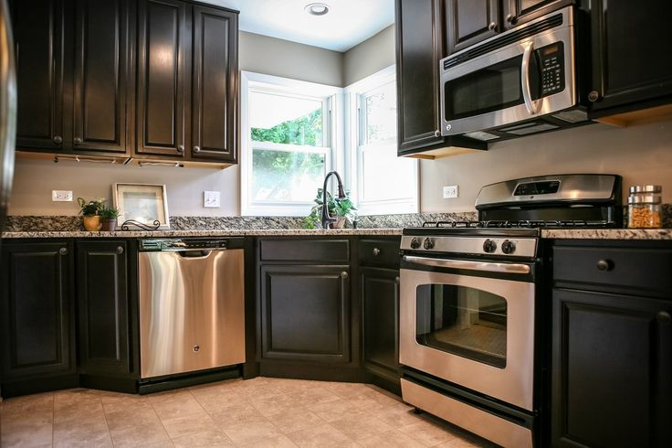 Beautiful remodeled Kitchen, but the dishwasher and cabinet on an angle are not my style