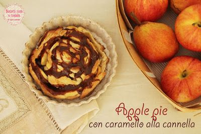 Apple pie with cinnamon caramel