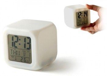 Renk Değiştiren Küp Saat   www.hediyeulkesi.com