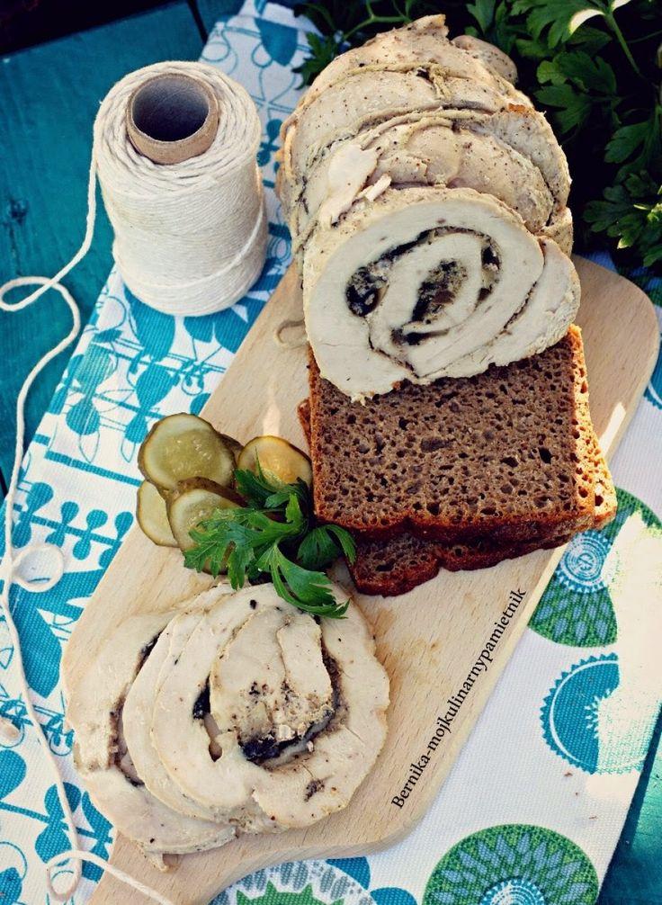 Bernika - mój kulinarny pamiętnik: Domowa wędlina czyli rolada indycza ze słoika