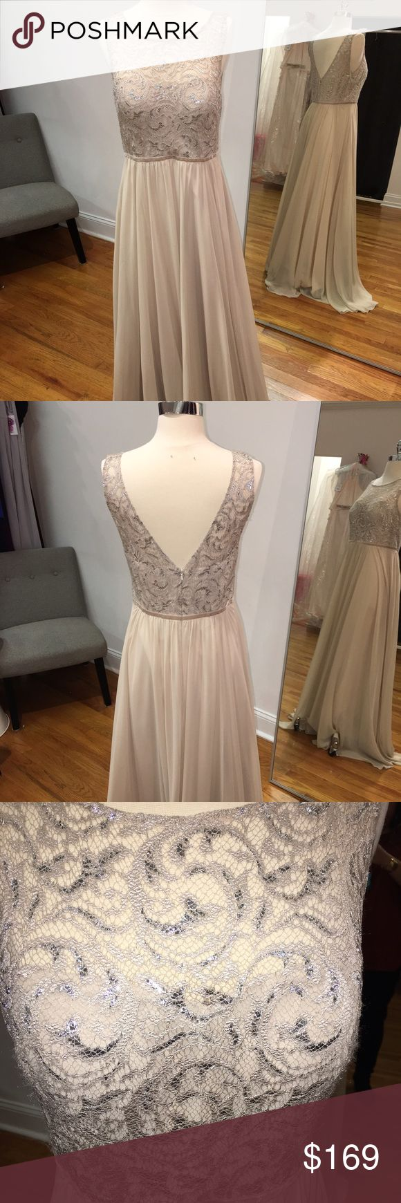 Jenny Yoo Gwyneth Dress, size 10 Jenny Yoo size 10 in sandstone, Kauber lace and Chiffon skirt.  Gently worn floor sample in good condition! Retailed for $325 and absolutely flattering on all body types! Gorgeous in person! Jenny Yoo Dresses Maxi