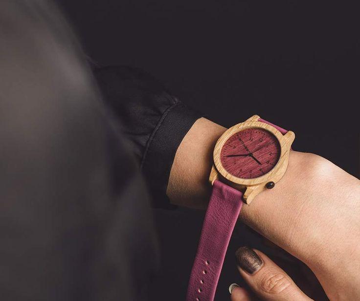 Plantwear.pl wooded watch, hertiage pink edition