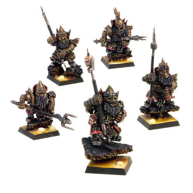 Chaos Dwarfs painted for Werewoolf company. #miniaturepainting #chaosdwarfes #werewoolf