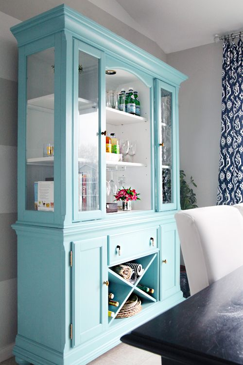 Fun, vibrant blue hutch enlivened with paint. Click through for before and after pix. | IHeart Organizing: IHeart My Home - Home Tour! | Tiny Homes