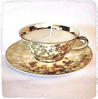 Sieg Hilde: Tasse baroque en bougie transformée #tasse #soucoupe #baroque #bougeoir #meche #bougie #arabesque #porcelaine #diy #handcraft #faitmain #sieghilde #sieg #strasbourg #dorure #finesse #delicatesse #cadeau #offrir