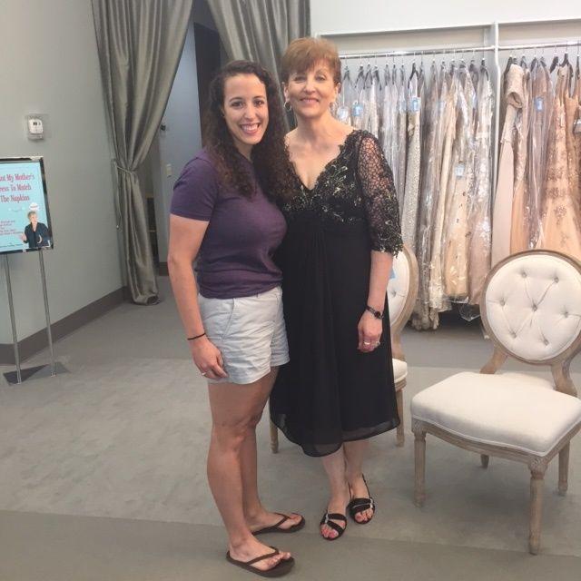 The perfect Little Black Dress for an Ashton Oaks Wedding! Definitely got the brides approval! #motherofthebridedress #dessformotherofthebride #tcarolyn