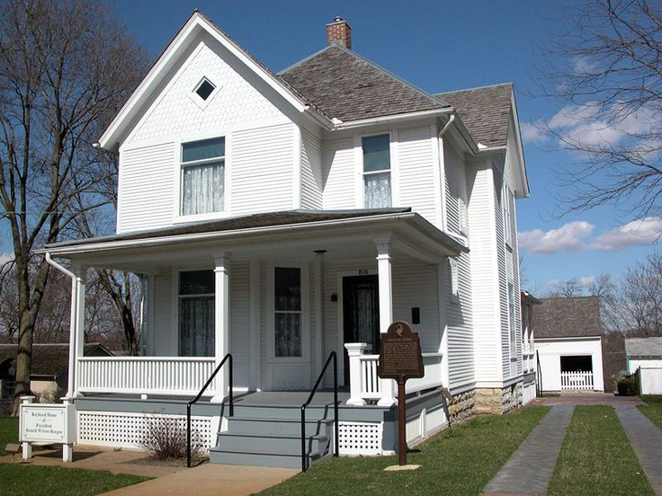 Ronald Reagan boyhood home located in Dixon, Illinois (love houses with front porches!)