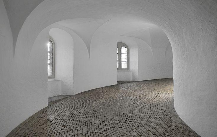 Hans van Steenwinckel el Joven | Torre Redonda [Rundetaarn] | Copenague Dinamarca |  1642