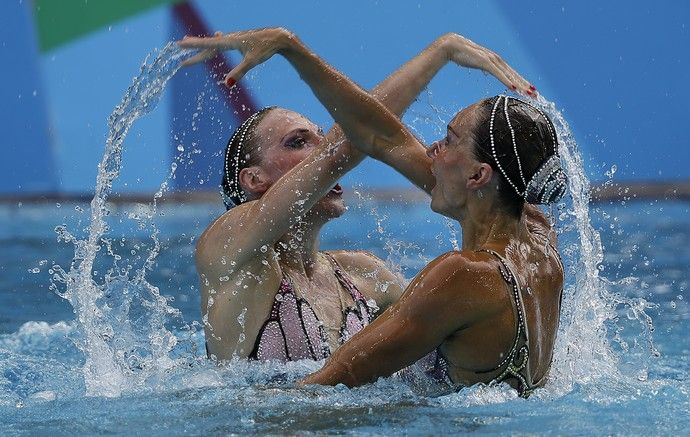 Natalia Ischenko e Svetlana Romashina Rússia Nado sincronizado (Foto: AP…