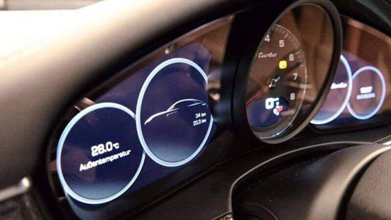 Щиток приборов седана Porsche Panamera 2017 / Порше Панамера 2017