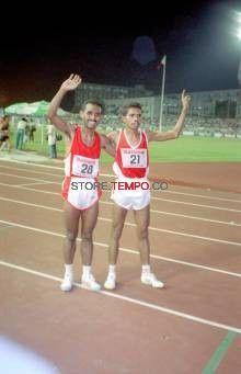 Edward Nabunome dan rekan