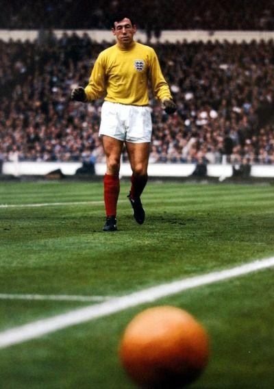 Gordon Banks (WC 66. England).