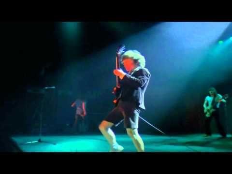 AC/DC (Paris 1979) [02]. Live Wire