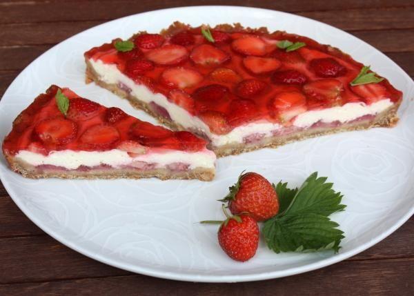 Tvarohový koláč s jahodami