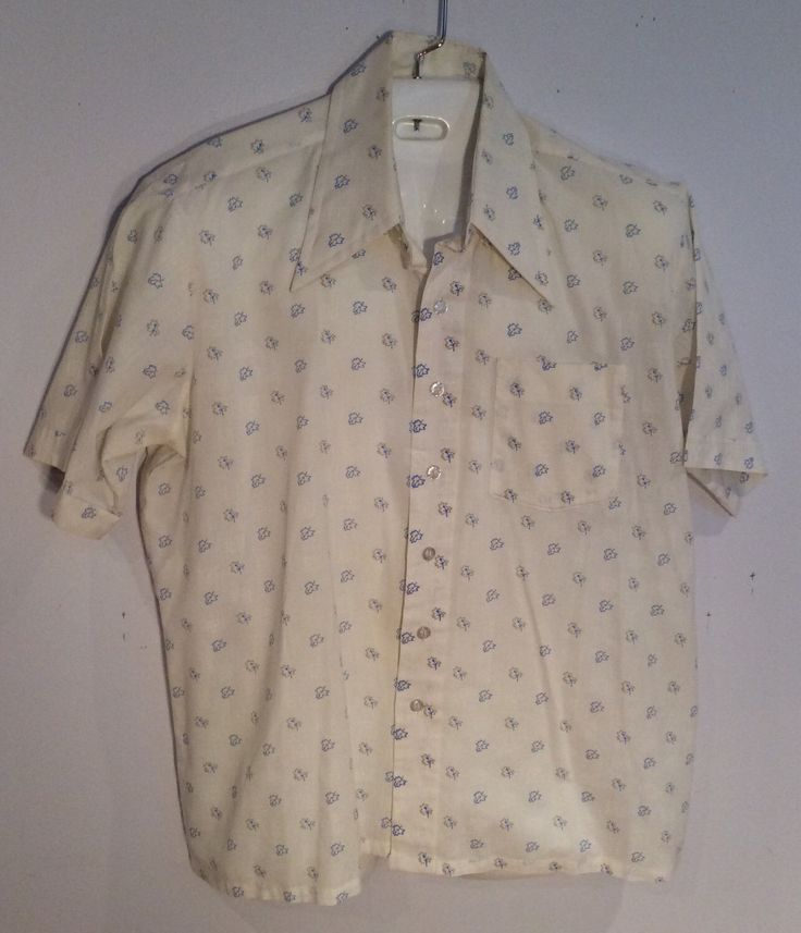 Youngbloods mens short sleeve shirt vintage white with leaves print size XL hipster theater costume by Vintageroyaleny on Etsy https://www.etsy.com/listing/520721477/youngbloods-mens-short-sleeve-shirt