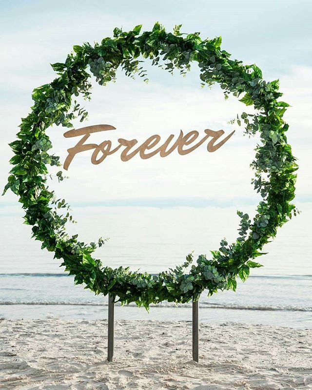 Wedding Arbor Circle: Circular Wedding Arch
