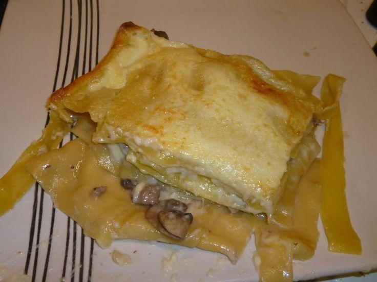 Lasagne con funghi, speck e carciofi