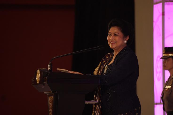 Kartini Award 2012  Ks Photography