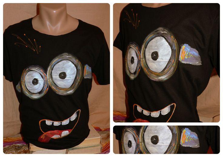 tricou pictat cu culori speciale pt textile, se spala normal la 30 de grade- 70 ron