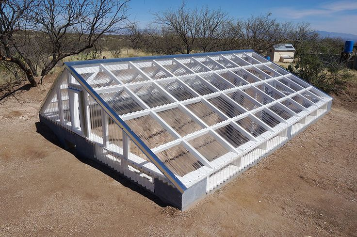Greenhouse Made With Tuftex Polycarb Clear Panels Near