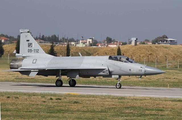La Fuerza Aérea de Pakistán derriba un dron iraní-noticia defensa.com