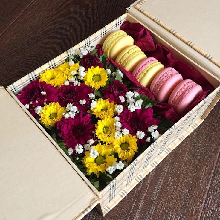 Подарочная коробочка на день рождения  #лиоль #выпечка #выпечкаслюбовью #выпечканазаказ #домашняякондитерская #макарон #макаронс #макаронсназаказ /#macaron #macarons #макаронстемиртау #макаронскараганда