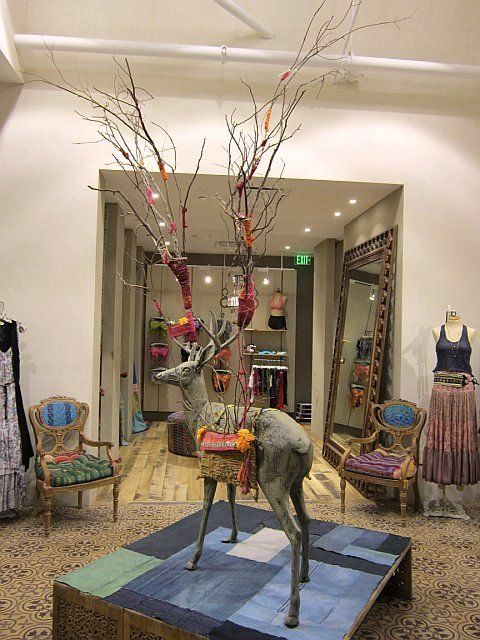 Fall Store Displays #freepeople #displays