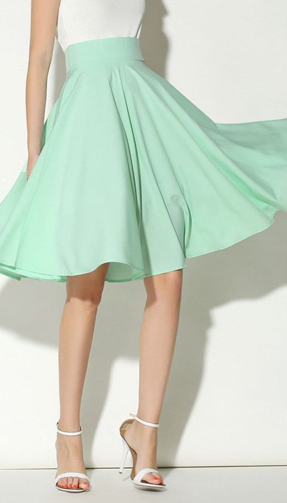 Light Green High Waist Midi Skater Skirt | Probably would never wear it but it's still pretty cute