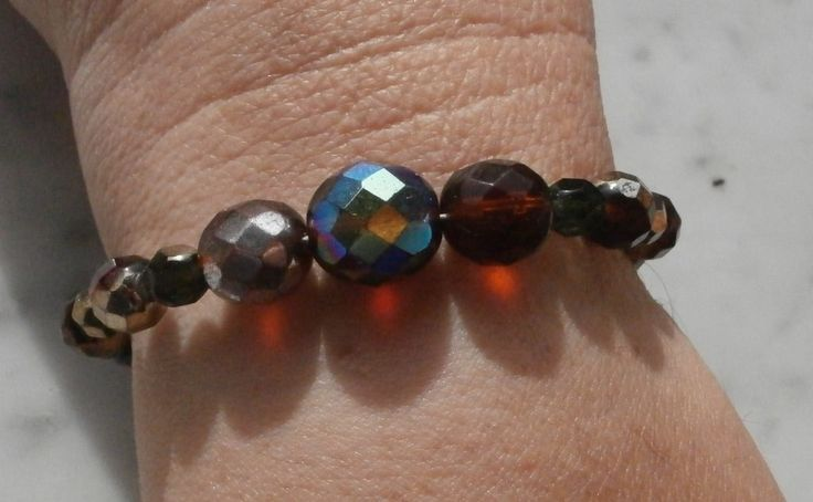 Bracciale, con perle in mezzo cristallo colorato : Braccialetti di gioielli-di-giada