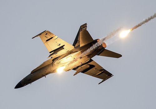 Dusk Display   Royal Malaysian Air Force McDonnell Douglas F…   Flickr