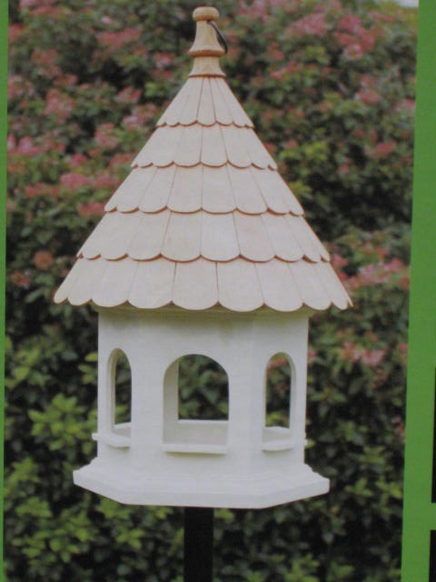 17 best images about bird feeders tables boxes on for Bird feeder pole plans
