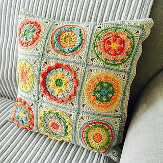 Circles of the Sun - Mystery CAL 2015 by Tatsiana Kupryianchyk - Free Crochet Pattern - Granny Squares
