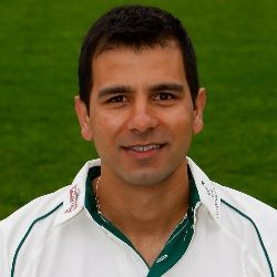 Vikram Solanki (Indian-born English, Cricket Player) was born on 01-04-1976. Get more info like birth place, age, birth sign, biography, family, relation & latest news etc.