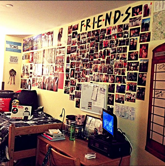 """This is an awesome """"Friends"""" themed picture collage. #diy #dormroomideas"""