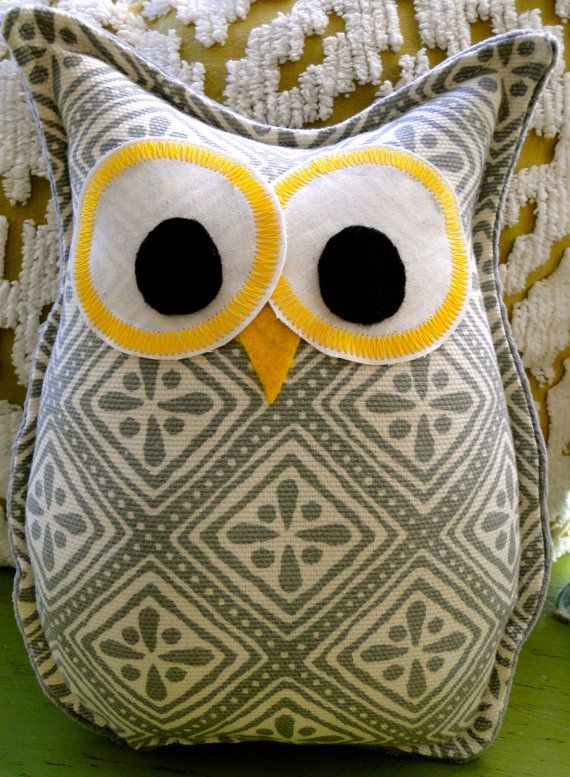 Cute owl pillow, fun project for beginner sewer.