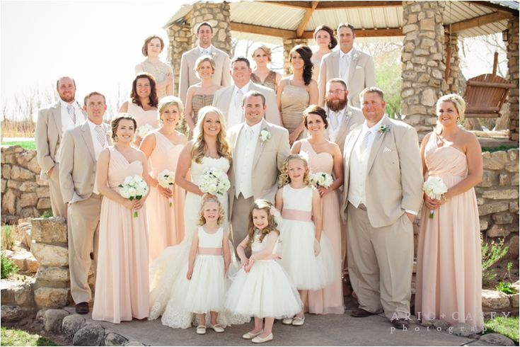 classic wedding party picture in outdoor wedding in lubbock