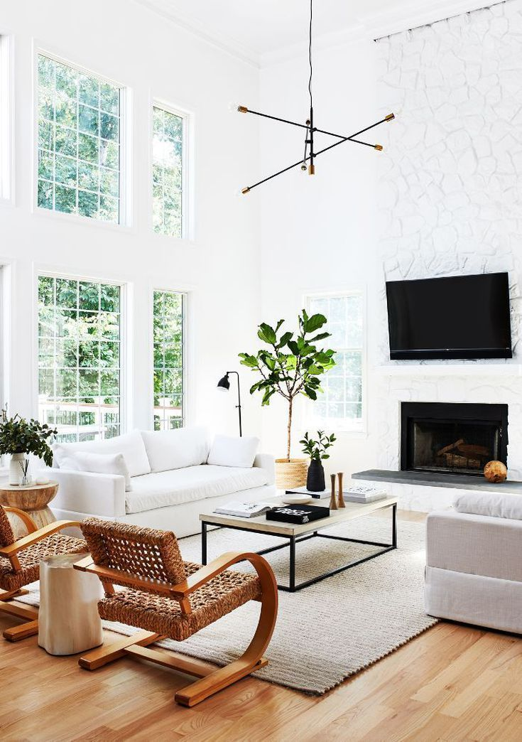 L A Designers Love This Signature Interior Style This Living Room Proves It In 2020 Minimal Living Room Living Room Makeover Living Room Lighting