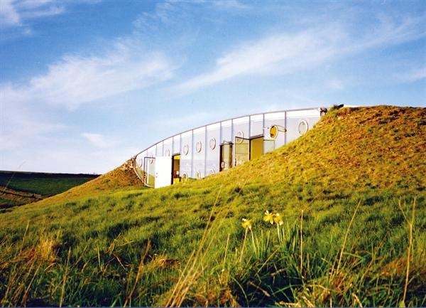 House in Wales by Jan Kaplicky of Future Systems
