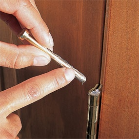 How to Silence a Squeaky Door Hinge - an easy, non-toxic DIY solution!