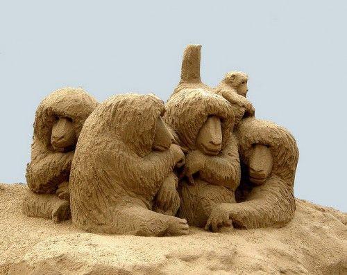 Скульптуры из песка. Часть 1. (50 фото)