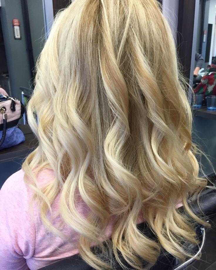 Kuaföre gitmeden önce dalgalı saç ilham vermişse���� #nofilter #curly #hair #blonde #cumartesi #bakim #guzellik #kuaför #saç http://turkrazzi.com/ipost/1518927794128760585/?code=BUUUMf4gy8J