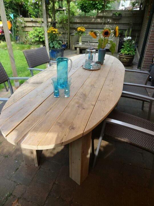 Prachtige handgemaakte ovale tafel van steigerhout - by JohnnyBlue.nl