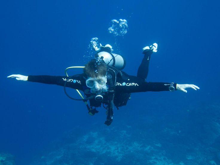 Indepth Scuba   - Scuba Diving Lessons & Dive Gear, Canberra & Batemans Bay, NSW South Coast.