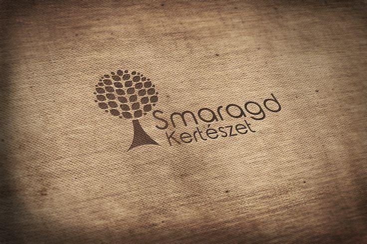 Pintér Nanetta webdesigner hallgatónk logója egy képzeletbeli megrendelőnknek, a Smaragd Kertészetnek.